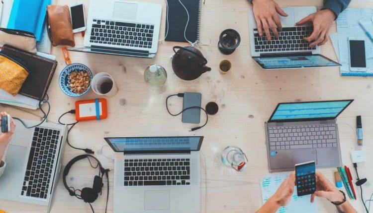 9 Effective Team Management Strategies