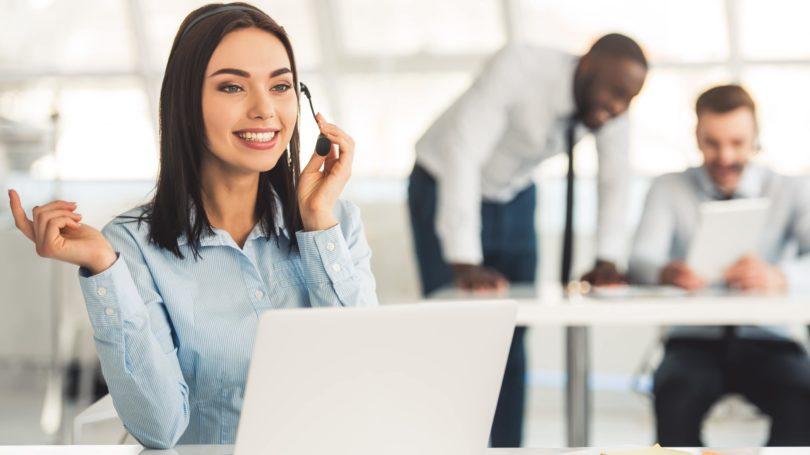 Sales Representative Telemarketer Laptop Office Customer Service