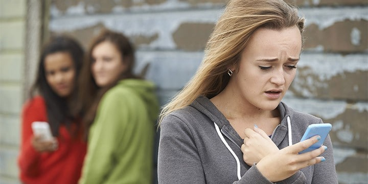 Top 5 Effective Ways of Dealing with Cyber Bullying