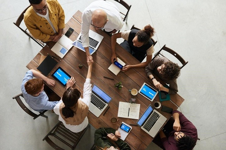 Be an Advocate for Your Team- 8 Inspiring Leadership Behaviors That Boost Employee Motivation