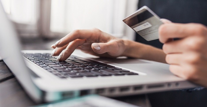 Follow these tips to stay safe when spending money online?