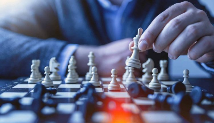 How to Build Strategic Thinking Skills for Effective Leadership