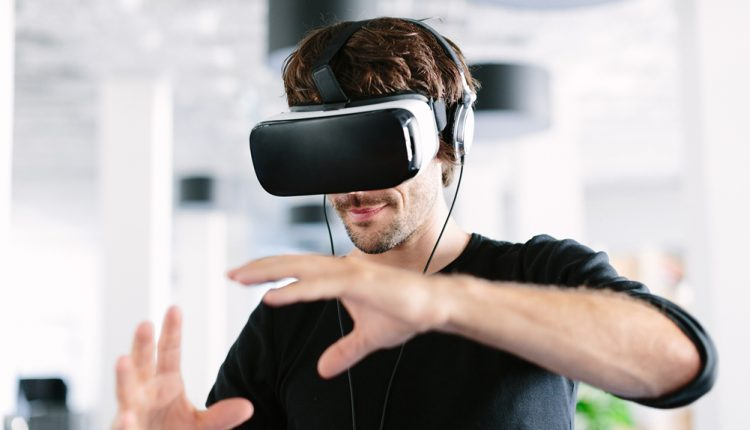 5 Ways Virtual Reality Will Drastically Change HR