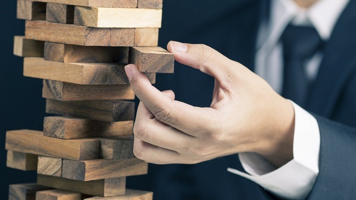 5 Leadership Mistakes That Can Break Your Company